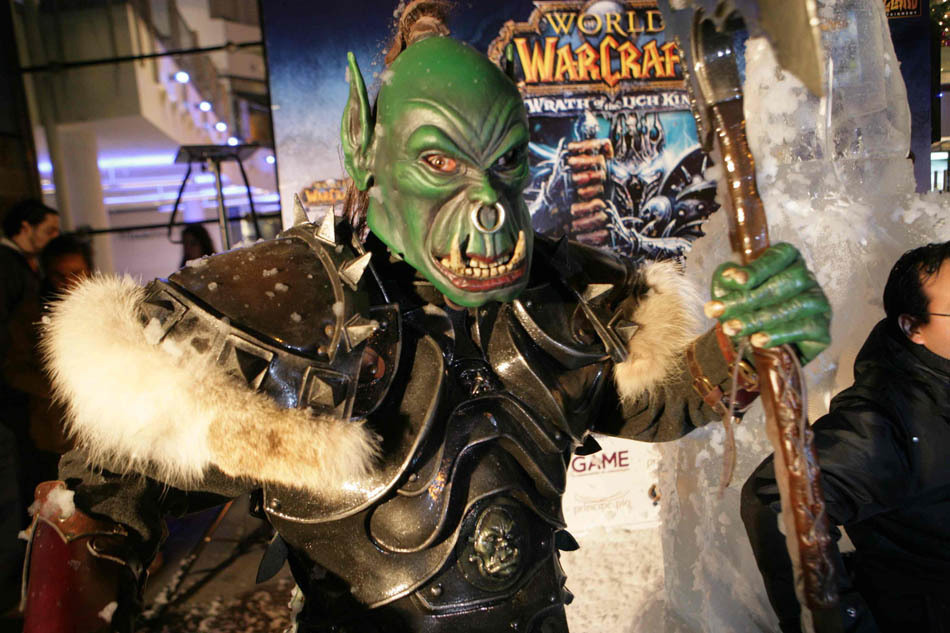 World of Warcraft  The Movie                        World Of Warcraft Cosplay Warrior