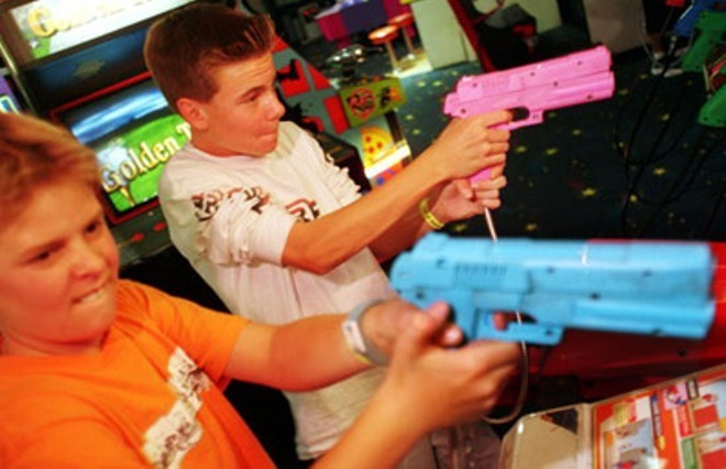 video games violent effect on youth The effects of violent video games in youth have devastating effects on them these effects can range from violent behavior to acting out in school, and even possibly maybe even crime the games you kids play could be more violent then you even know.
